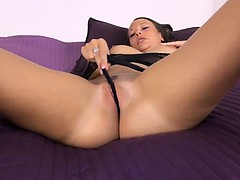 Czech babe gaping with gyno...